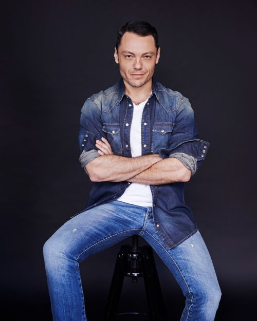 the biography of tiziano ferro essay Musician biography essay examples 33 total results a biography of the life and jazz music career of thelonious monk 538 words a paper on the life and works of tiziano ferro 608 words 1 page a biography of jimi hendrix 679 words 2 pages a biography of a great western music composer.