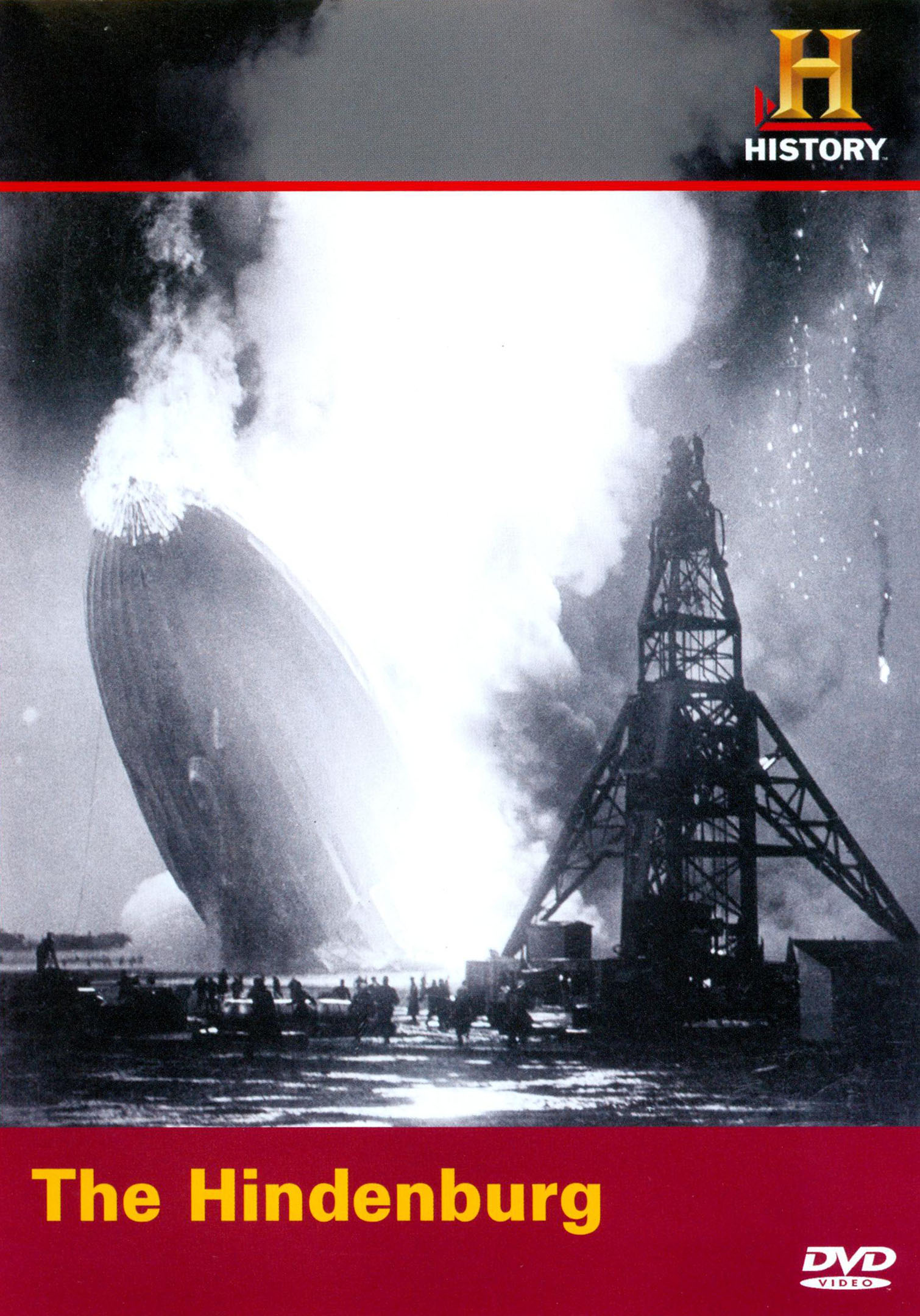 a history of the hindenburg disaster The hindenburg flew its first north american transatlantic flight in may 1937, but during its landing on may 6, 1937, the airship burst into flames and crashed to the ground in lakehurst, new jersey check out these photos to explore the history of the hindenburg, including its fiery demise.