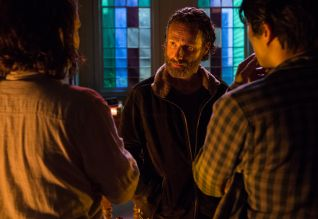 The Walking Dead: Four Walls and a Roof