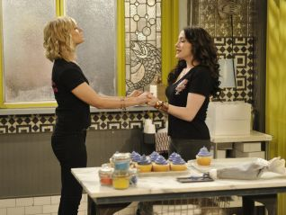 2 Broke Girls: And the Old Bike Yarn