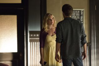 The Vampire Diaries: Do You Remember the First Time?