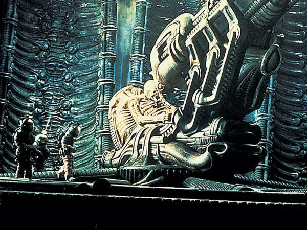 dallas alien 1979 space suit - photo #24