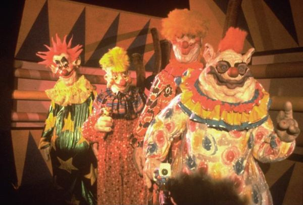 Killer klowns from outer space stephen chiodo data for Who owns outer space