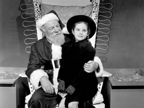 Miracle on 34th Street (1947) - George Seaton | Cast and ...
