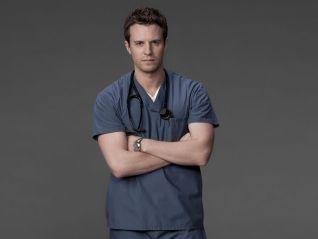 Combat Hospital [TV Series]