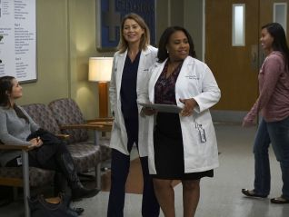 Grey's Anatomy: Walking Tall