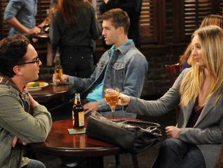 The Big Bang Theory: The Ornithophobia Diffusion
