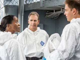 NCIS: New Orleans: Carrier