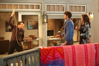 Two and a Half Men: Justice in Star