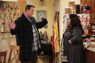 Mike & Molly: Mike Check