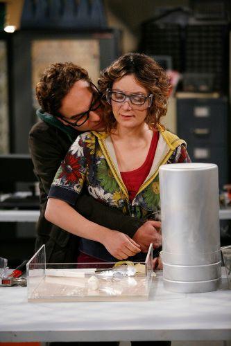 The Big Bang Theory : The Hamburger Postulate