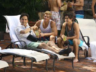 90210: Vegas, Maybe?
