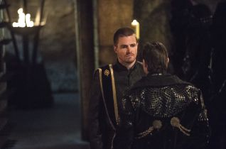 Arrow: This Is Your Sword