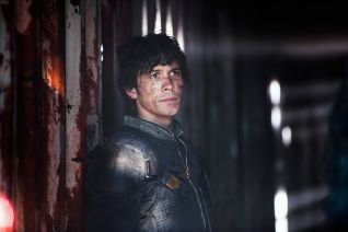 The 100: Join or Die