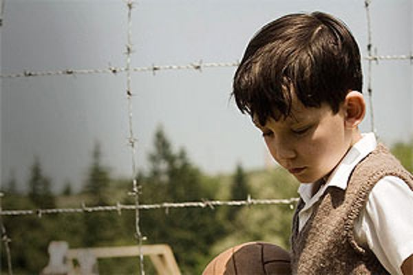 a short review of the boy in the stripped pajamas a film by mark herman Concentrating on the point of view of the 8-year-old boy, bruno, the boy in the striped pajamas has the structure and aura of a fable, but it aims for no fablelike distance in its emotions.