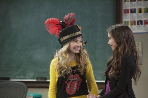 Girl Meets World : Girl Meets Crazy Hat