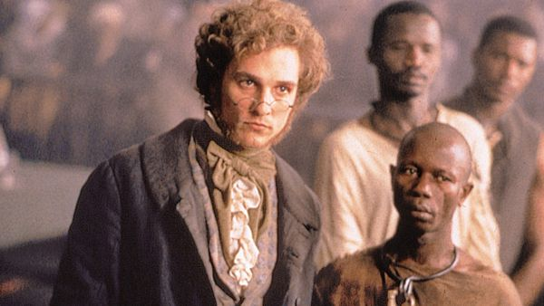 a review of amistad a 1997 american historical drama film by steven spielberg Amistad is a 1997 american historical drama film directed by steven spielberg, based on the true story of the events in 1839 aboard the slave ship la amistad, during which mende people tribesmen abducted for the slave trade managed to gain control of their captors' ship off the coast of cuba, and the international legal battle that followed.