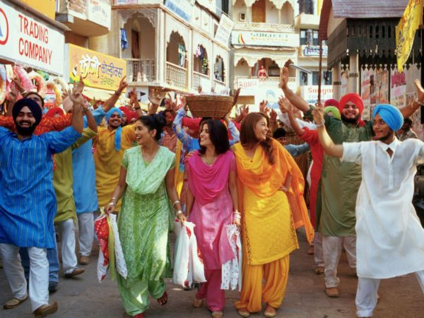 an analysis of the film bride and prejudice by gurinder chadha Critical analysis: bride and prejudice gurinder chadha's film, titled bride and prejudice, inspired by jane austen's pride and prejudice focuses on the differences around an american idea of marriage and weddings and an indian idea of marriage and weddings.