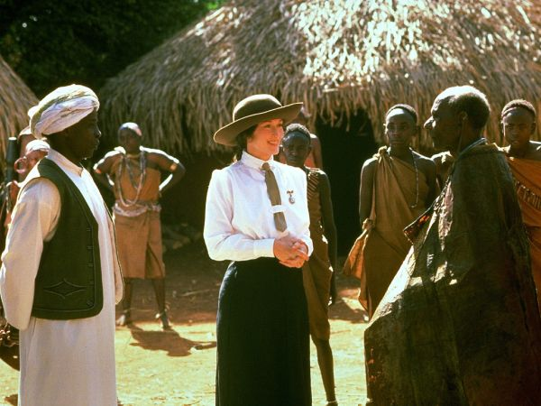 a summary of the story of karen blixen in out of africa by sidney pollack Out of africa, american-british film, released in 1985, that was based on events in  the life of karen blixen-finecke, who wrote under the name isak dinesen.