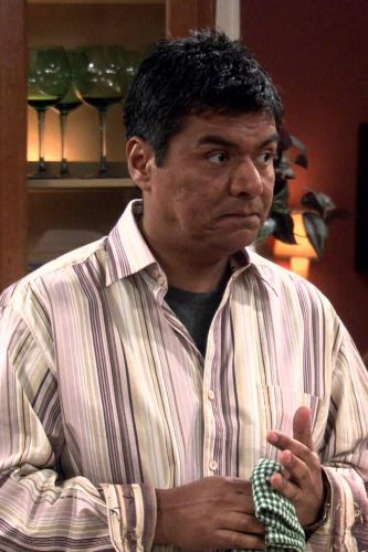 George Lopez : George Gets Assisterance