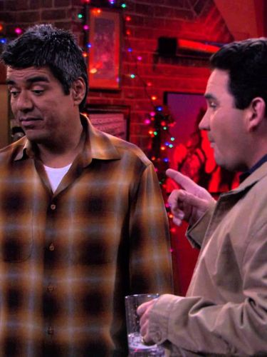 George Lopez : George Is Being Elfish and Christ-Misses His Family