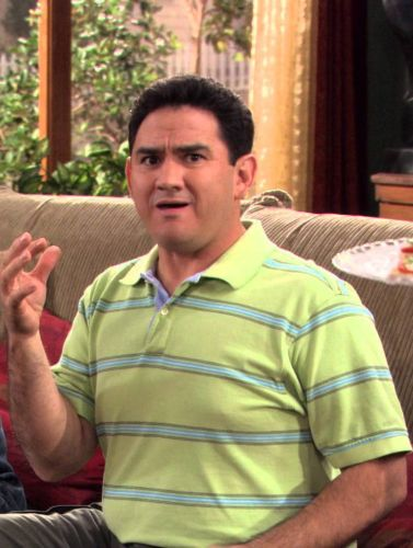 George Lopez : Sabes Gay, It's George's Fantasy Episode