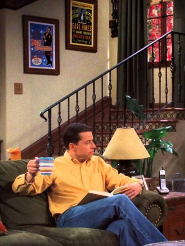 Two and a Half Men : A Little Clammy and None Too Fresh
