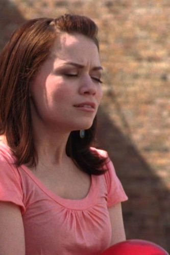 One Tree Hill : Hate Is Safer Than Love