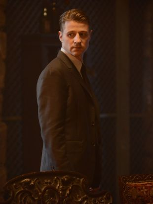 Gotham : Rise of the Villains: Damned If You Do...