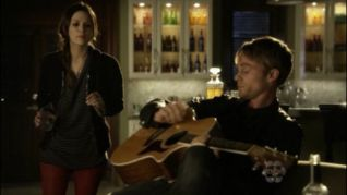 Hart of Dixie: Tributes & Triangles