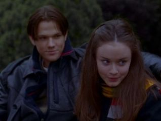 Gilmore Girls: Love and War and Snow
