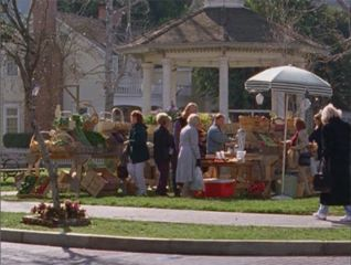 Gilmore Girls: Dead Uncles and Vegetables