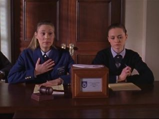 Gilmore Girls: I Solemnly Swear