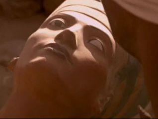 Digging for the Truth: Nefertiti - The Mummy Returns