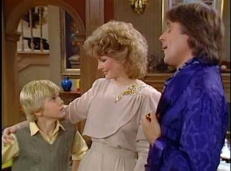 Silver Spoons : Evelyn Returns