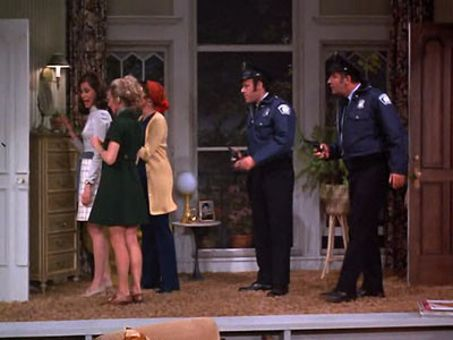 The Mary Tyler Moore Show : Second-Story Story
