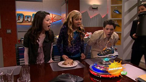 iCarly : iPromote Tech Foots