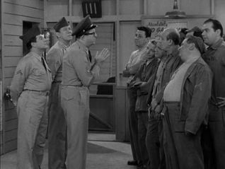 The Phil Silvers Show: Bilko, the Art Lover