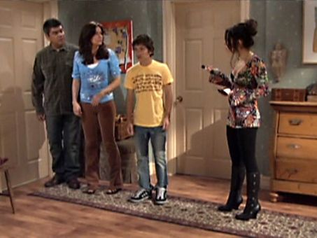George Lopez : George Gets Smoking Mad at Benny and Develops an Órale Fixation