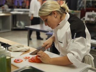 Hell's Kitchen: 5 Chefs Compete, Part 3 of 3
