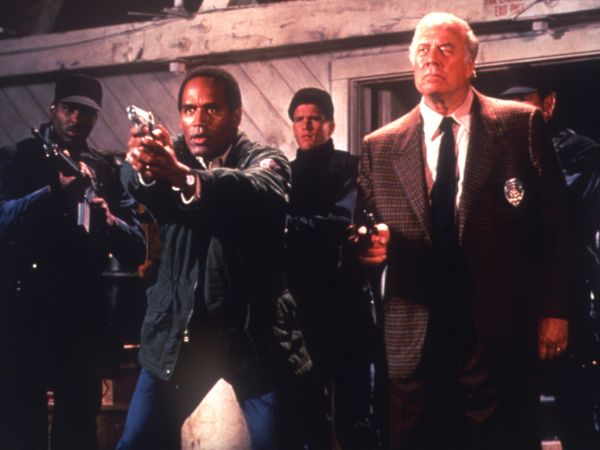 The Naked Gun 2 12 The Smell Of Fear 1991 - David Zucker  Cast And Crew  Allmovie-2773