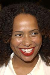Lisa Nicole Carson