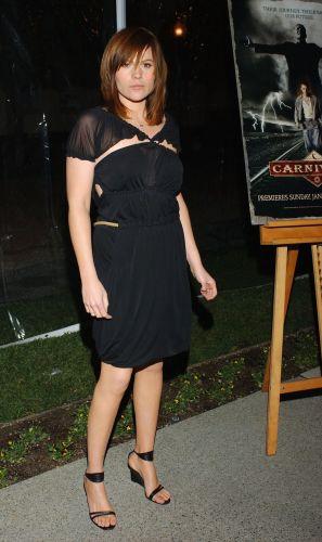 Clea DuVall