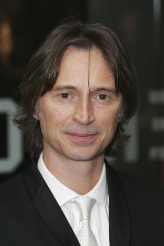 Robert Carlyle | Biography, Movie Highlights and Photos ...