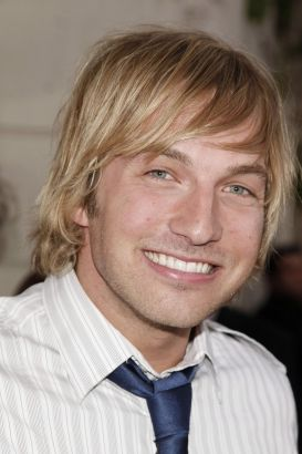 Ryan Hansen | Biography, Movie Highlights and Photos ...