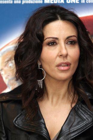 Calendario Di Sabrina Ferilli.Sabrina Ferilli Biography Movie Highlights And Photos