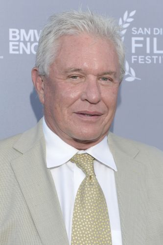 Tom Berenger Biography Movie Highlights And Photos