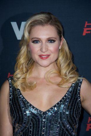 katherine bailess actress