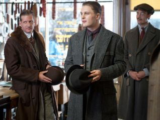 Boardwalk Empire: What Does the Bee Do?
