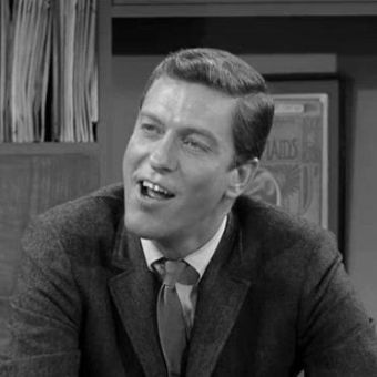 The Dick Van Dyke Show : It Wouldn't Hurt Them to Give Us a Raise